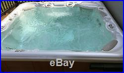2004 Grandee Hot Springs Spa (Hot Tub) 7 person, excellent condition