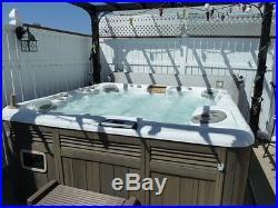 2006 Cameo Sundance Hot Tub 5 to 6 person