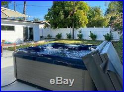 Bull Frog 6 seater Hot Tub Spa