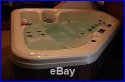 Dynasty Spas Hot tub. Model Pride, American Series