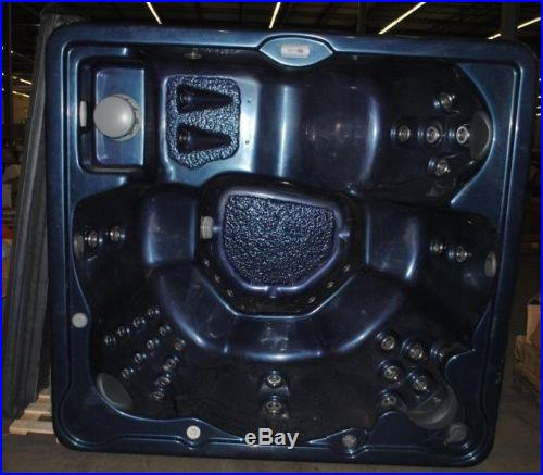 Home and Garden Spas 6-Person 40-Jet Hot Tub with MP3 Auxiliary Output