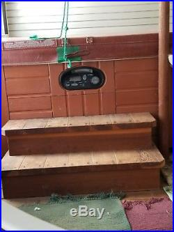 Hot Springs 2003 Spa Hot Tub Model Sovereign. Tub is in very good condition