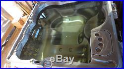 Large Hot tub, Spa, Jacuzz, i Sundance Spas, Model 680 series, 44 Jets, Lighting