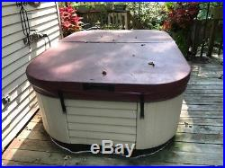 Marquis Spas Coastal Indoor Outdoor Hot Tub Jacuzzi OALS13X 41K8 withCover 120V