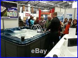Outdoor Whirlpool Hot Tub Gartenpool USA Balboa 88 Düsen WIFI Frostwächter NEU