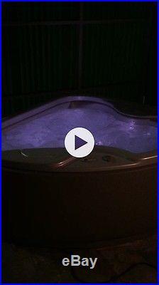 Solana Spa Couples Hot Tub Model TX Excellent Shape