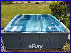 Spaform 4 seat plug in hot tub/jacuzzi- can deliver