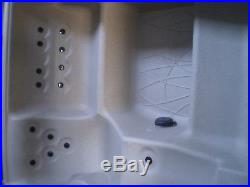 WATKINS PORTABLE ELECTRIC HOT TUB SPA 4-PERSON 22 JET LS350 with COVER